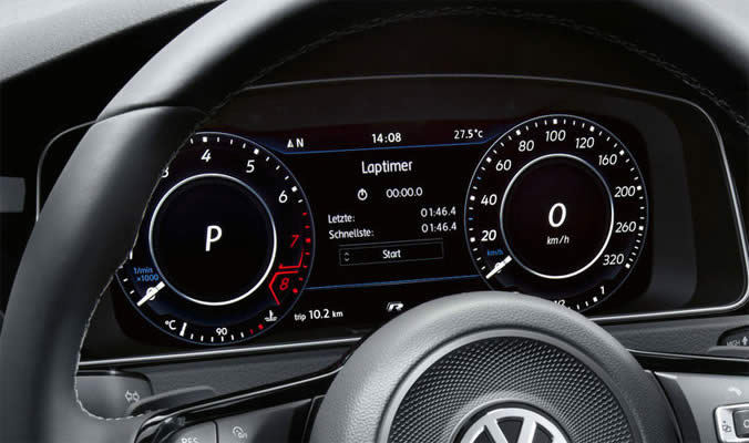 VW Golf R Variant - Active info display