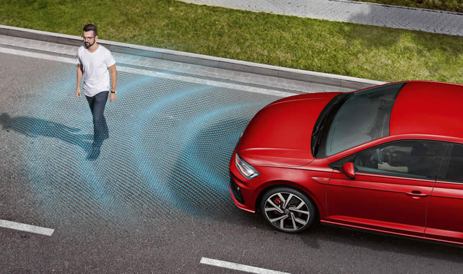 Volkswagen Polo GTI - Front Assist a ACC